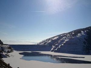 Köse barajı buz tuttu!