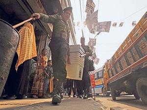 Bangladeş, şiddet ve boykotun gölgesinde sandık başında