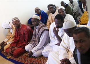 Afrikalılar, Türkiye'de huzur olması için dua ediyor