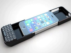 İphone'a klavye geldi Blackberry isyan etti