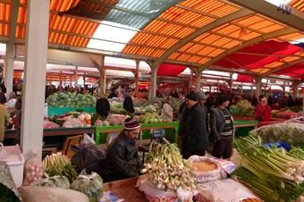 Köy ürünleri sebze ve meyve fiyatlarını düşürdü