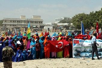 Somali'de Türkiye'ye teşekkür gösterisi