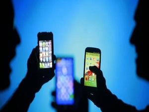 Engelliler 1 Nisan'dan itibaren, internet ve telefonu indirimli kullanacak