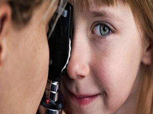 Uzmanlar: Çocuklarda belli zamanlarda göz muayenesi yapılması şart