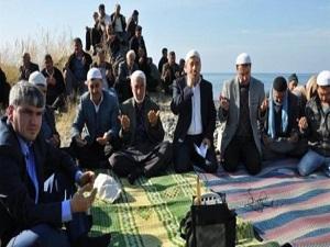 İskenderun'da çiftçiler yağmur duasına çıktı