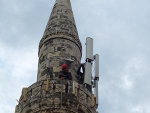 Minarelerdeki 'baz istasyonları' kaldırılıyor