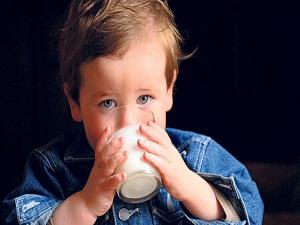 İşte çocuklara süt içmeyi sevdirmenin yolları