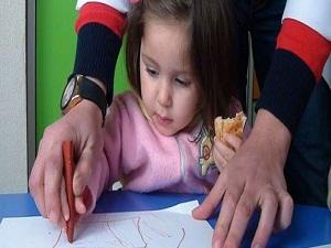 Engelli çocuklar okula hazırlanıyor