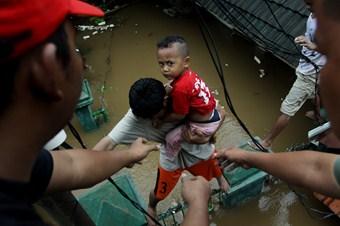 Endonezya'da bir sel felaketi daha