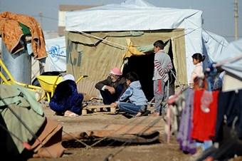 Yermuk kampında açlık ve ölüm kol geziyor