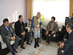 Engelli 16 vatandaşa akülü araç verildi