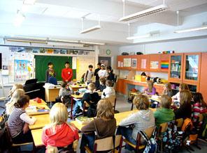 Finlandiya din dersini tartışıyor