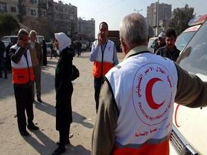 Yermuk Mülteci Kampı'na yardım sürüyor