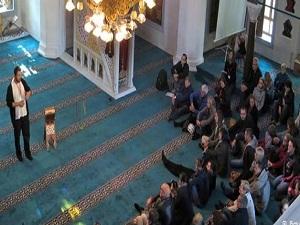Almanya'da Müslümanlar'a dini tatil talebi
