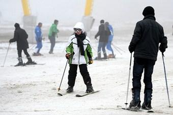 Uludağ'da kar kalınlığı 20 santimetreye ulaştı