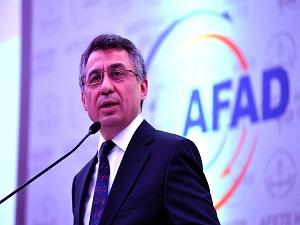 AFAD Başkanı Oktay: Bilinçsiz yardım yarar yerine zarar veriyor