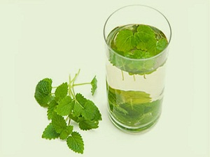 Strese karşı 'melisa suyu' tavsiyesi