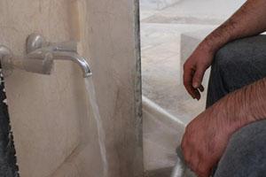Uludağ'da günübirlikçilerin sıcak su sevinci