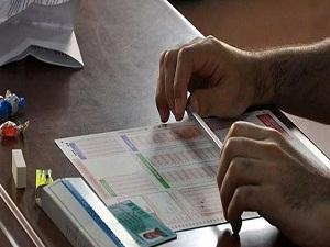 Çoktan seçmeli testler, öğrencileri robatlaştırıyor