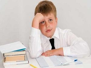 Zorla ders çalıştırılan çocuk başarılı olamaz