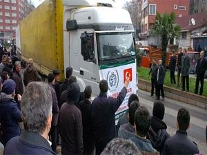 Zonguldak'tan Suriye'ye 2 TIR yardım