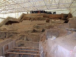 Dünyanın en eski kumaş parçası Çatalhöyük'te