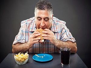 Kanser, en çok kilolu insanlarda görülüyor