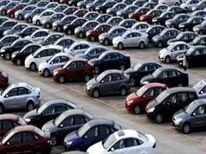 Otomotiv pazarı küçüldü