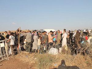 Türkiye'deki Suriyeli sayısı 700 bini geçti