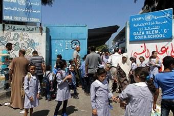 BM, Filistinli çocuklara İsrail propagandası yapıyor!