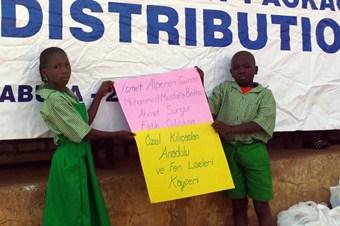 Öğrencilerden Nijeryalı arkadaşları için yardım kampanyası