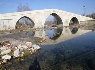 Valide Sultan Köprüsü restore edildi