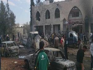 Suriye'de cuma namazı çıkışı katliam