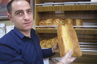 Erzurum'da ekmek zammına vatandaş tepkili