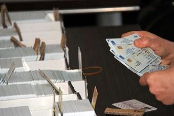 Irak'ta elektronik kart tartışması