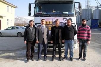 Van'dan Suriye'ye 2 TIR yardım dualarla yola çıktı