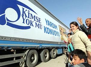 56 TIR 'Kimse Yok Mu' diyen Suriyeliler için yola çıktı