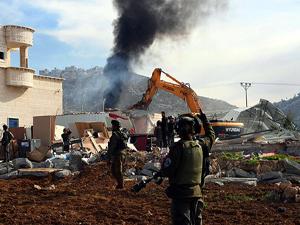 İsrail'den Filistinlilere yıkım tebligatı