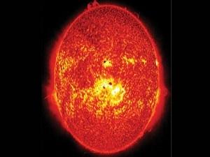 Güneşte son iki yılın en büyük patlaması