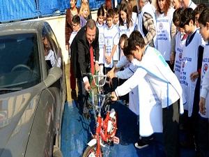 Öğrenciler 300 litre yağmur suyu biriktirdi