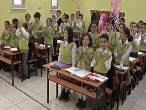 62 bin Suriyeli Türkiye'de eğitime görüyor