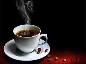 Günde 4 bardaktan fazla kafein tüketimi kemik erimesini tetikliyor