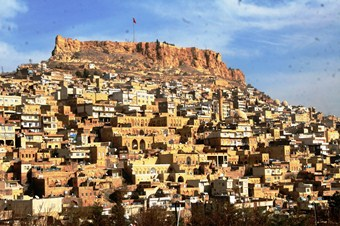 Vali Cengiz: Mardin turizm sezonuna hazır