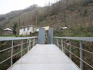 Köprüye Kapı Yaptırdı! İşte Nedeni