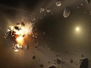 Hubble parçalanan bir asteroidi görüntüledi