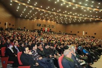 Peygamber Yolu konferansına yoğun ilgi