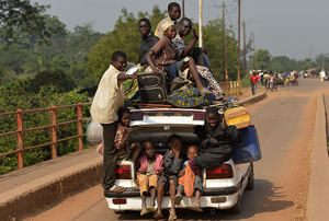 Türkiye'den Orta Afrikalı mültecilere yardım
