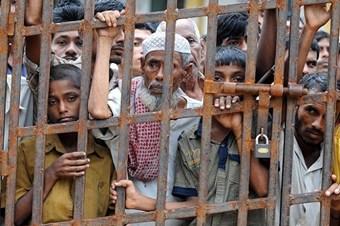 Müslümanları öldüren Myanmar hükümeti hem suçlu hem güçlü