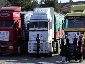 Konya'dan Suriye'ye üç yardım tırı