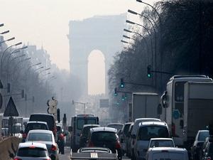 Paris'te hava kirliliği rekor seviyede
